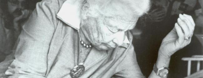 La pioniera durante una sessione